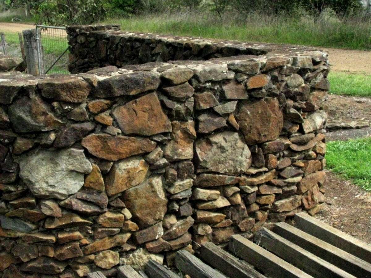 Rock wall drawing rock pillars the wall - Rock Wall Rock Wall