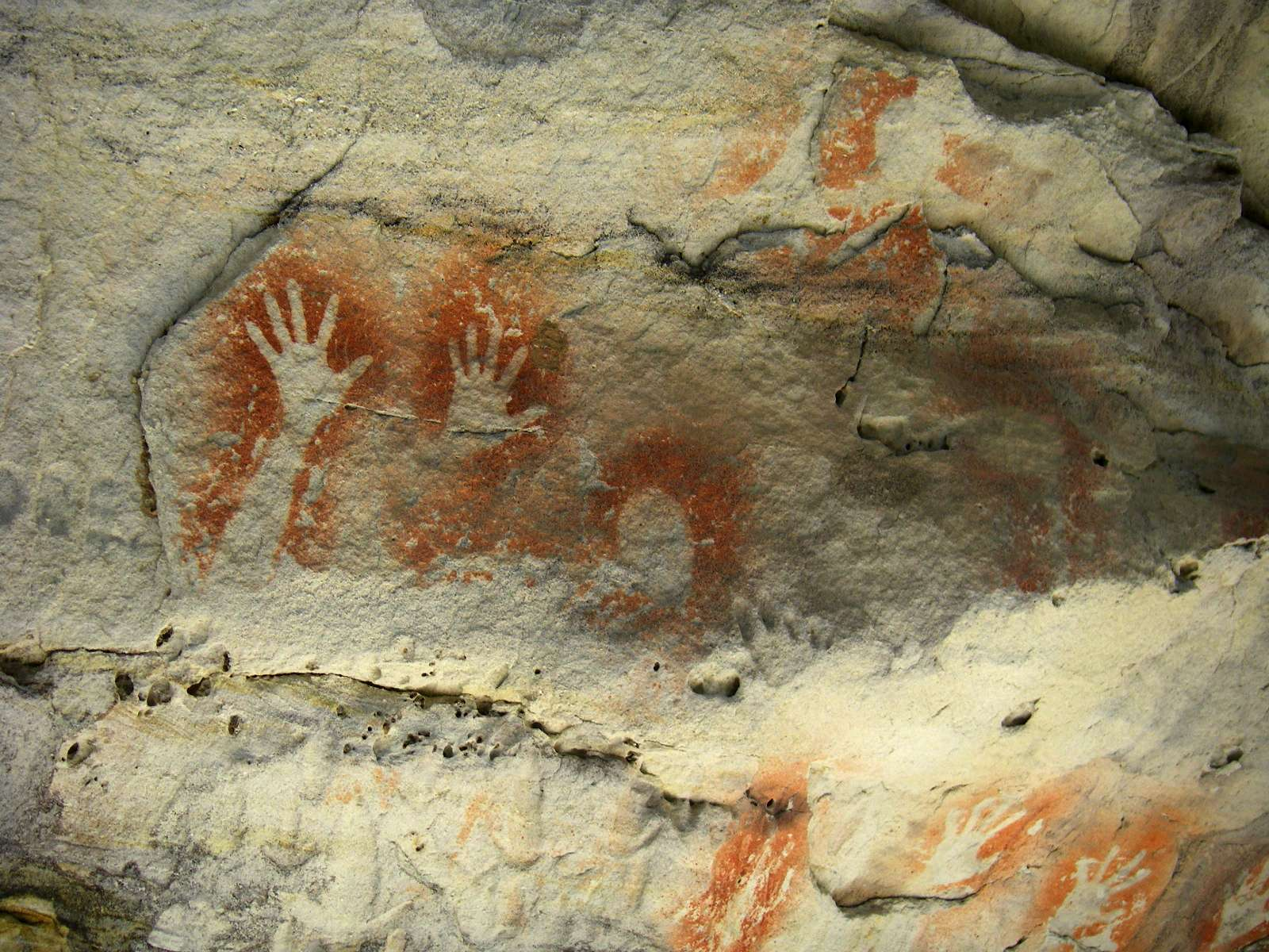 Carnarvon Gorge An Aboriginal Rock Stencil Art Site