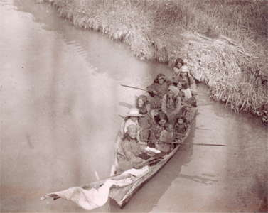 Canoes of the First Nations of the Pacific Northwest