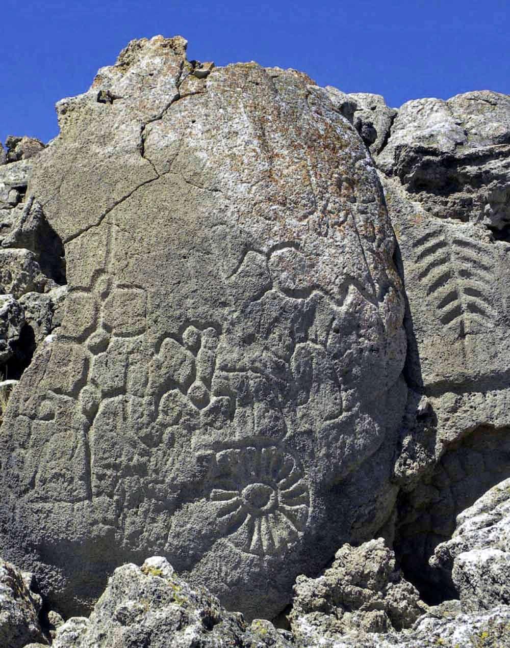 Winnemucca Petroglyphs: Oldest Rock Art in North America on oldest south american pyramid, oldest rocks in colorado, oldest rocks on earth,