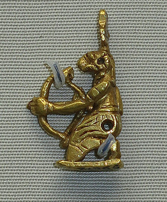 gold archer amulet