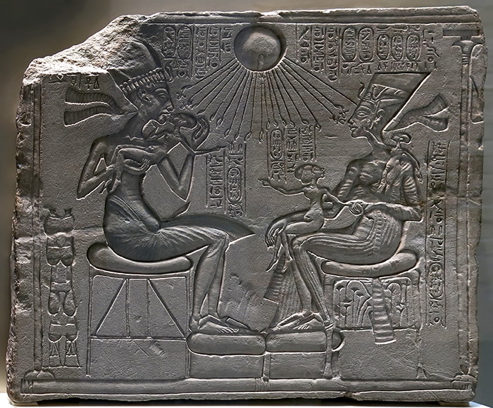 nefertiti and akenate